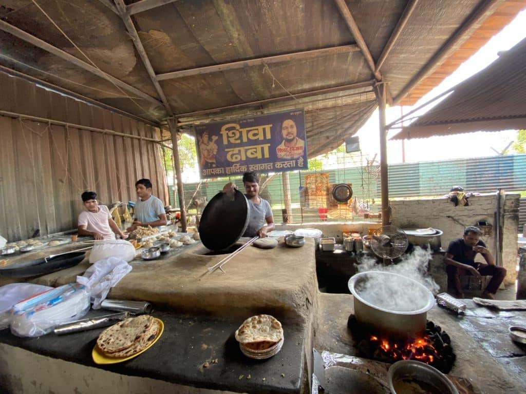 Shiva Dhaba on Delhi - Agra Yamuna Expressway